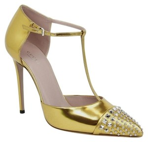 Gucci Shiny Leather Gold Pumps
