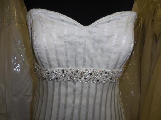 B132 Wedding Dress