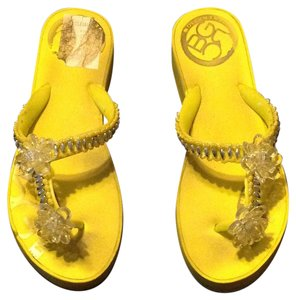 BCBGeneration Yellow Sandals