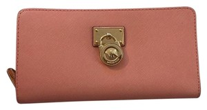 Michael Kors Michael Kors Hamilton Leather Large Zip Around Wallet PALE PINK