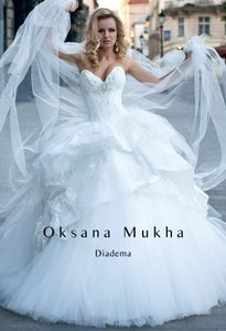 Diadema Wedding Dress