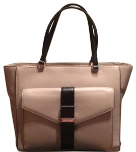 Kate Spade Tote in Mousse Frosting / Black
