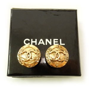 Chanel CHANEL CC MEDALLION EARRINGS