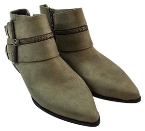 Coconuts by Matisse Uptown Zipper Buckle Distressed Grey Boots