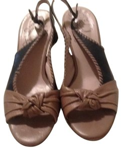 John Fluevog Taupe & black Sandals