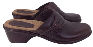 Earth Origins Leather Brown Mules