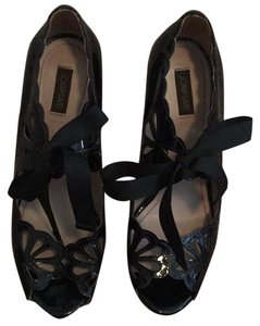 Joan & David Black Platforms