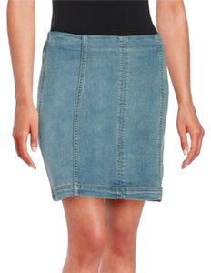 Free People Femme Mini Skirt VINTAGE DENIM MED