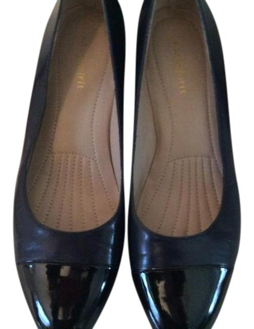 Item - Navy Pumps Size US 8 Regular (M, B)