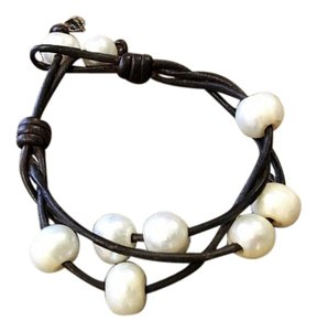 Other Tri-Cord Lose Pearl Bracelet