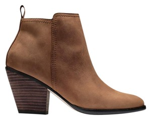 Cole Haan Leather Leather Sole Cognac Boots