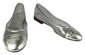 Chanel Silver Leather Cc Ballet Flats