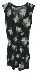 Quiksilver short dress Floral Print Padded Shoulder Flowers on Tradesy