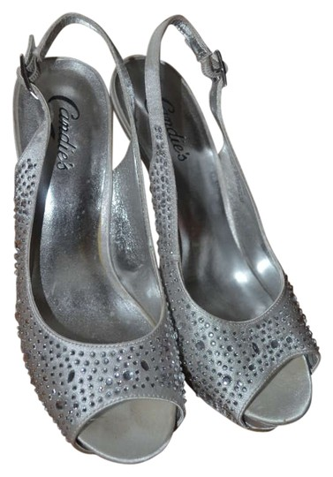 Preload https://item4.tradesy.com/images/candie-s-silver-rhinestones-slingback-pumps-size-us-75-201748-0-0.jpg?width=440&height=440