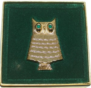 Avon Vintage Avon Jewelled Owl Pin Brooch Perfume Glace Green Crystal Eyes
