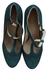 Ann Mashburn green Pumps