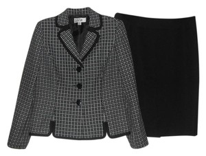 Le Suit Le Suit St. Tropez New Black/White Plaid Jacket PC Skirt Suit 10 $200