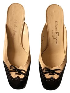 Salvatore Ferragamo Black & Cream Pumps