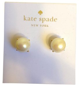 Kate Spade Pearl Studs Earrings