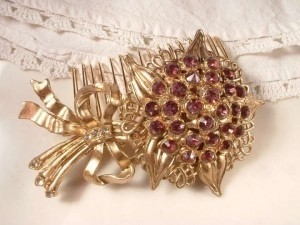 Gold with Amethyst Crystals Vintage Purple Rhinestone Comb Pins Hair Accessory
