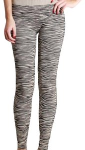 Nikibiki Zebra Seamless High Quality Beige Leggings