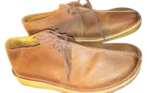 Clarks Brown Flats