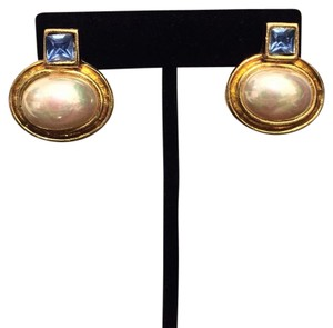 Bijoux Terner Liberty Bijoux Gold Tone Vintage Clip On Earrings