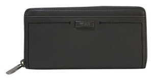 Tumi Tumi Continental Zip Around Wallet Gray Pebbled Leather Clutch