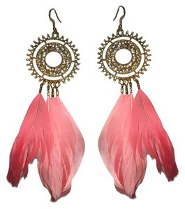 Forever 21 Forever21 Gold coral feather Drop Earrings