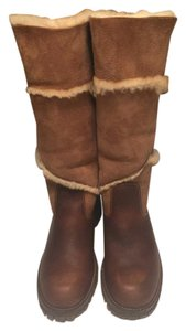Maxine of Canada Tan brown. Boots