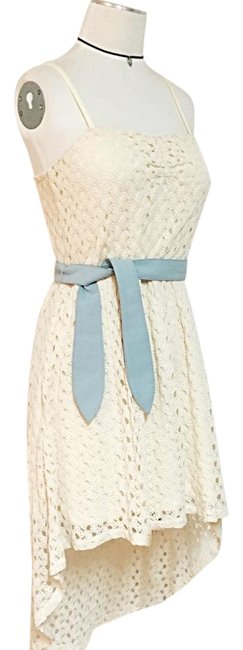 Item - Off White/Cream Crochet Knitted Bohemian Hippie Asymmetrical Belted High-low Night Out Dress Size 4 (S)