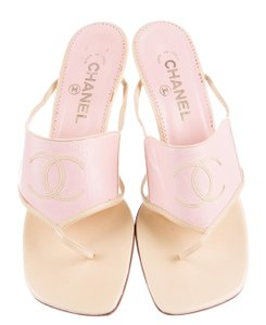 Chanel Interlocking Cc Logo Pink, Beige Sandals