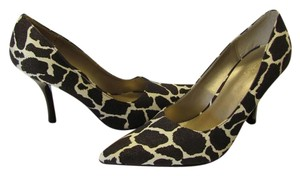 Qupid Size 9.00 M Animal Print Very Good Condition Dark Brown, White Pumps
