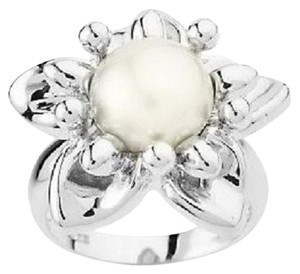 Honora Honora Cultured Pearl 9.5mm Button Flower Ring