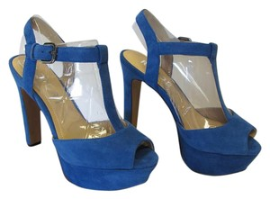 REPORT Brand New Suede Leather Size 7.50 M Excellent Condition Blue Platforms