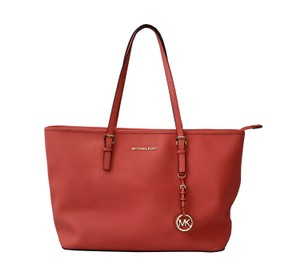 Michael Kors Tote in Grapefruit