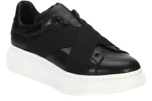 Alexander McQueen Sneakers Oversized Black Platforms