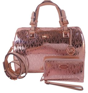 Michael Kors Grayson Wristlet Satchel in Rose Gold Mirror