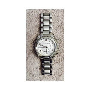 Michael Kors Michael Kors Ladies White Crystal Stainless Steel Watch MK5165