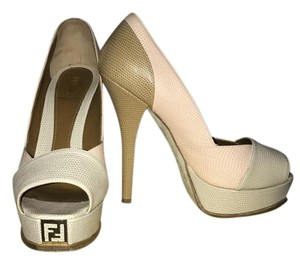 Fendi Nude tones Pumps
