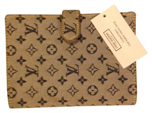 Louis Vuitton Monogram Logo Canvas Vintage Blue Clutch