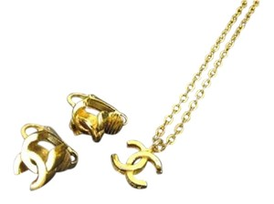 Chanel CC Earrings and Necklace Set Wholesale 211041