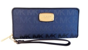 Michael Kors Large Travel Zip Continental Phone Wallet Wristlet Navy Blue