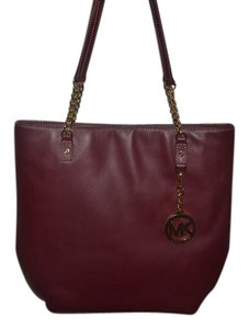 Michael Kors Luggage Leather Chain Tote in burgundy gold