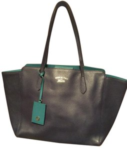 Gucci Leather Classic Tote in Navy Blue
