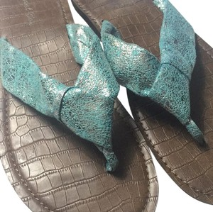 Conch Bay Teal Silver Metallic Sandals