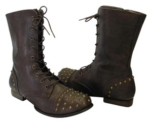 Refresh Ladies Size 10.00 M Metal Hadware Studs Very Good Condition Brown Boots