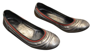 Gucci Leather Stripe Silver Flats