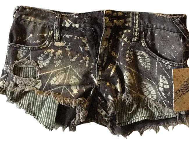 Item - Brown Cream Shorts Size 0 (XS, 25)