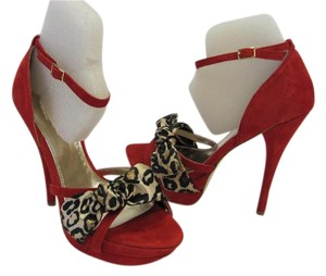 bebe Suede Leather Animal Print Accents Size 6.00 M Very Good Condition Red, Black, Neutral Platforms